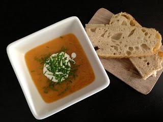 Babystyrt-mattilvenning : Gulrot og potetsuppe med karri