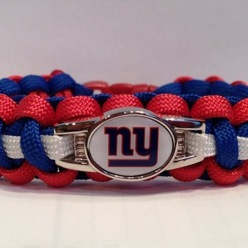 Football Paracord Bracelet Made With Ny Giants Charm Sports 3 Pinterest Bracelets And American