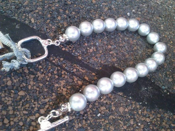mother of pearl bracelet :By Me!