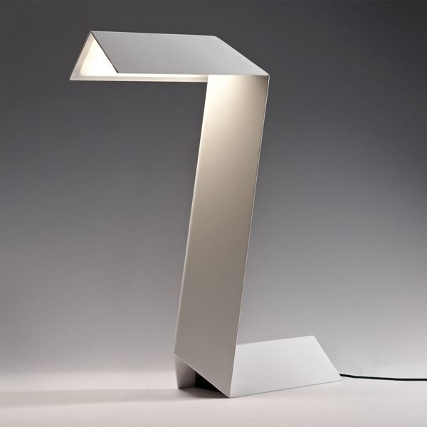 Table lamp Zeta by Federico Churba