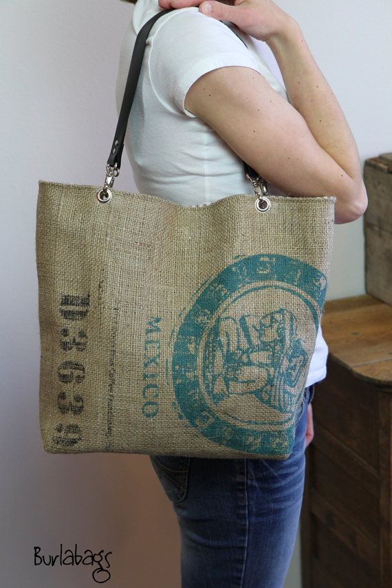Best 25 burlap bags ideas on pinterest burlap tote diy Burlap bag decorating ideas