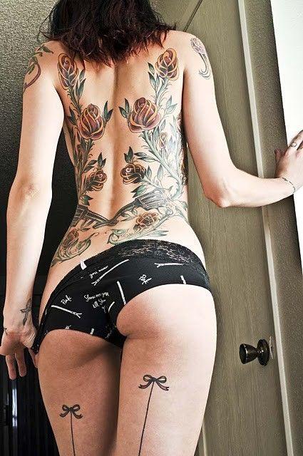 Thigh Bow tattoo.  HOT.: Tattoo Ideas, Girls, Rose, Sexy, Tattoos, Body Art, Tatoo, Ink