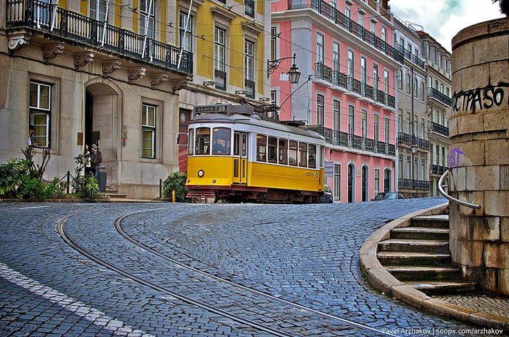 Não pode deixar de visitar Lisboa sem andar nos elétricos tradicionais.