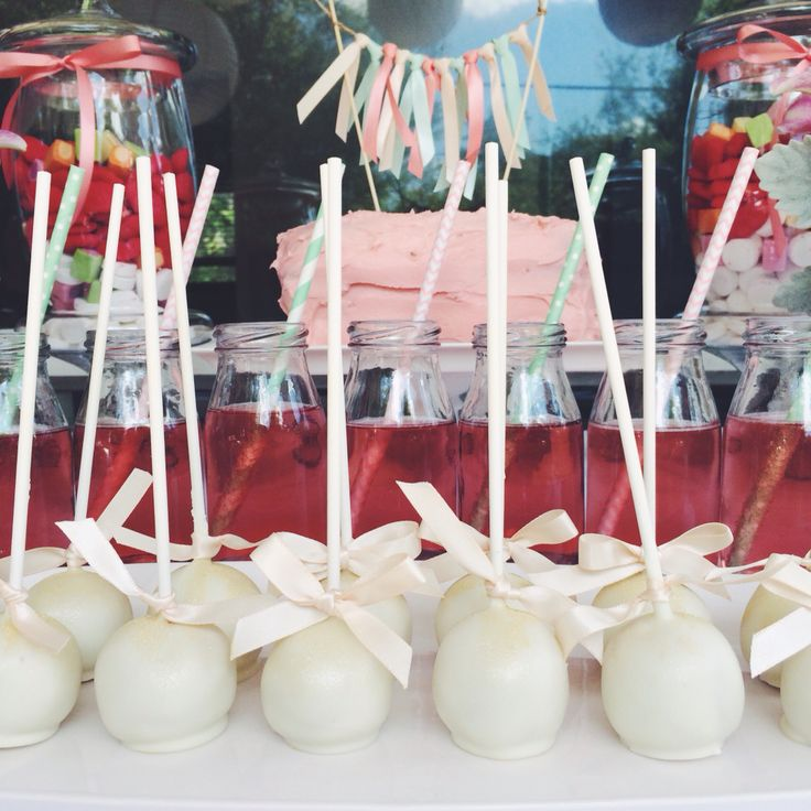 Cake pops and spritzer a for a baby shower