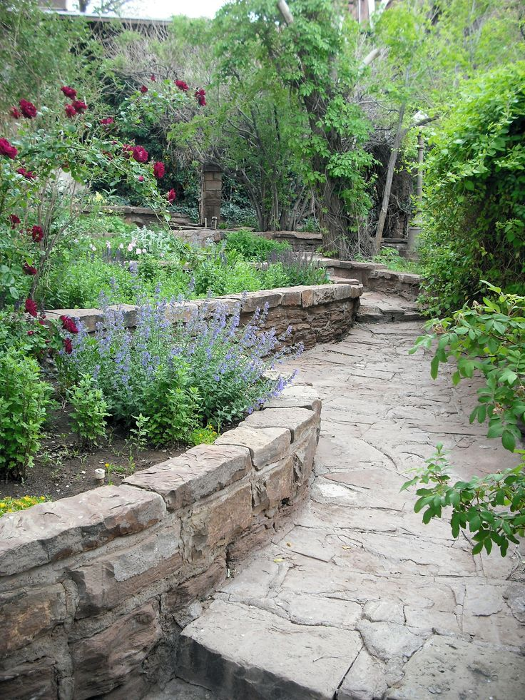 1000 images about retaining wall ideas on pinterest for Secret garden designs