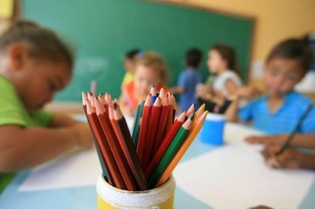 Lei proíbe a cobrança de taxa de reserva ou quaisquer valores adicionais de estudantes com deficiência