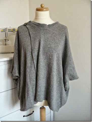 Sweater poncho, Pattern free