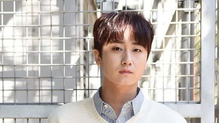 Heo Young Saeng Discusses Possibility Of SS501 Reunion And Reveals His Desire To Promote As A Group Again