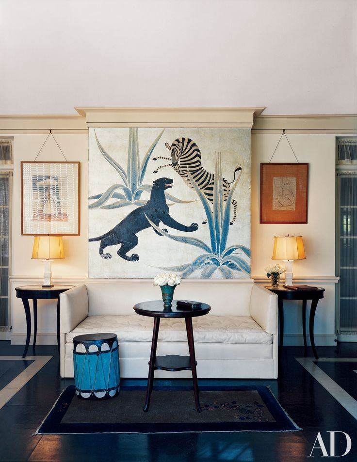Decorator Elsie de Wolfe Took L.A. by Storm in the 1940s Photos | Architectural Digest. A Charles Baskerville mural enlivens Di Frasso's home. Photo: Simon Watson