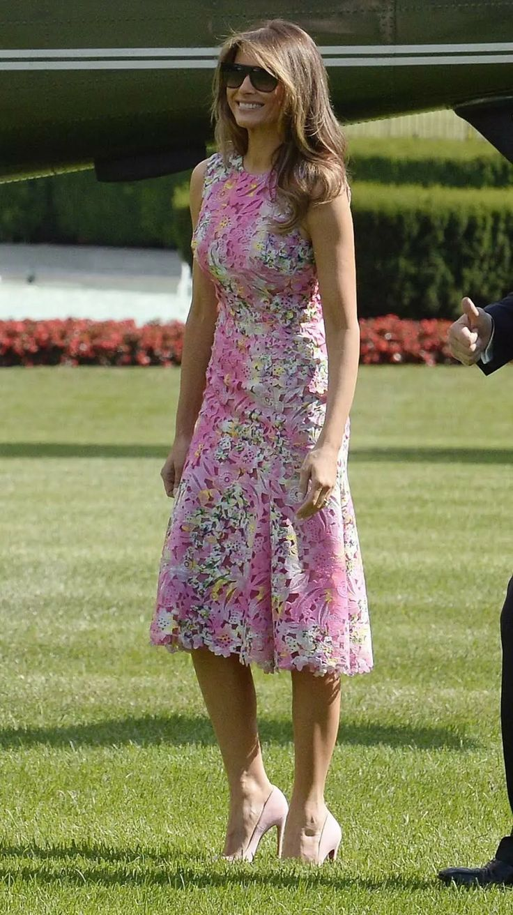 Best 20 Melania Trump Pictures Ideas On Pinterest -2793