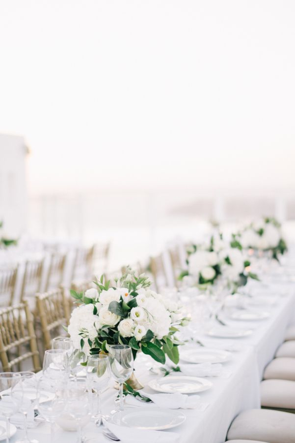 Santorini wedding table: http://www.stylemepretty.com/2017/03/15/santorini-modern-minimalist-wedding/ Photography: Ben Yew - https://benyew.com/