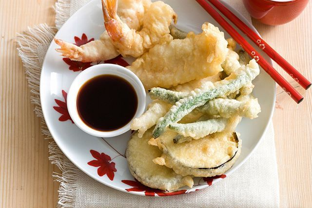 Tempura (天ぷら) : pieces of lightly battered, deep fried seafood and vegetables. . . . #tempura #deepfried #seafood #vegetable #japanesefood #japanesedish #japanesedishes #culinary #culinaryjourney #foodies #travel #japan #japón #japon #nippon #igers #instadaily #love #picoftheday #🇯🇵 #photographer #日本 #instagood #素敵 #jco #japancommunity #jepang #visitjapan #amazing
