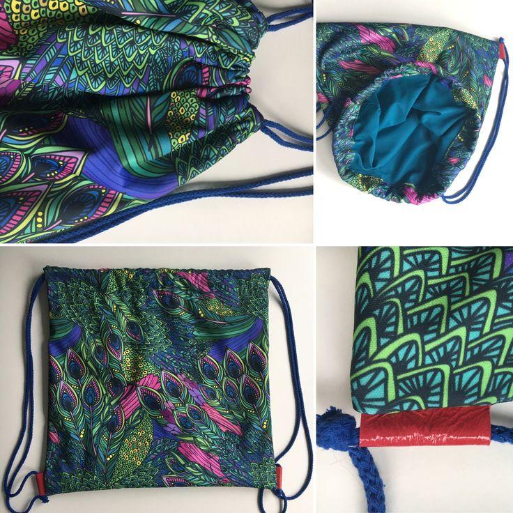 plecak worek -wodoodporny materiał w pawie pióra i skórzane wypustki na sznurek