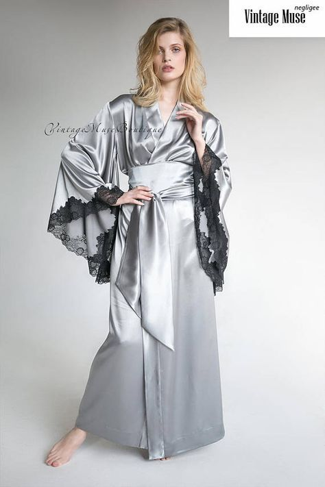 5196ee491d2f Long satin robe with lace  Model 02