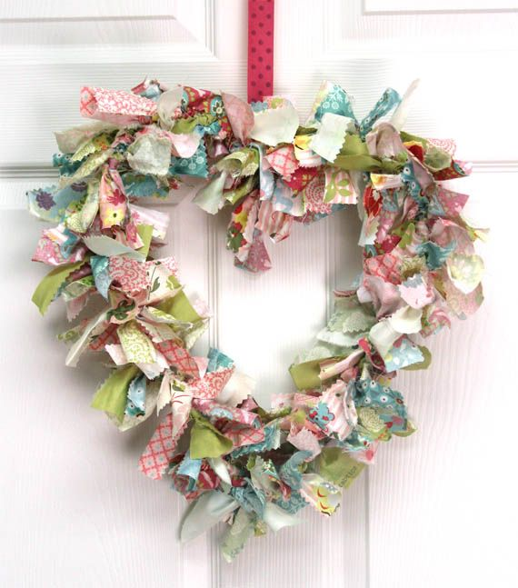 fabric Valentine wreath -- but so springy so good for the coming months