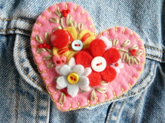 felt heart- so much lovely detail--think I already pinned this, but I like enough to do it twice anyway