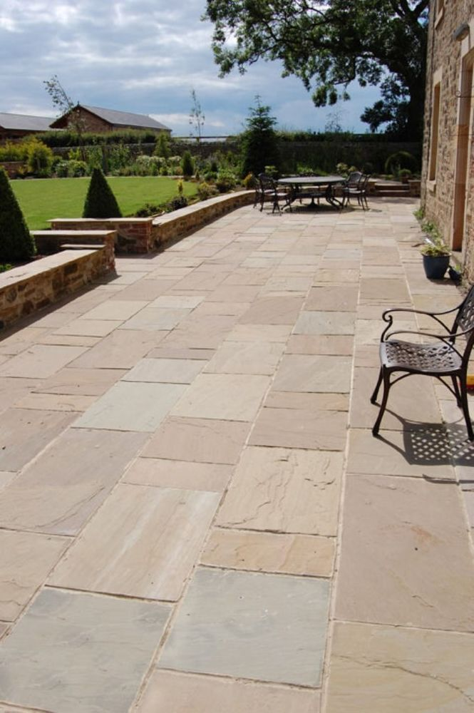 Royal Amber Indian Natural Sandstone Paving Slabs Patio Stone -£24.32 Per m2