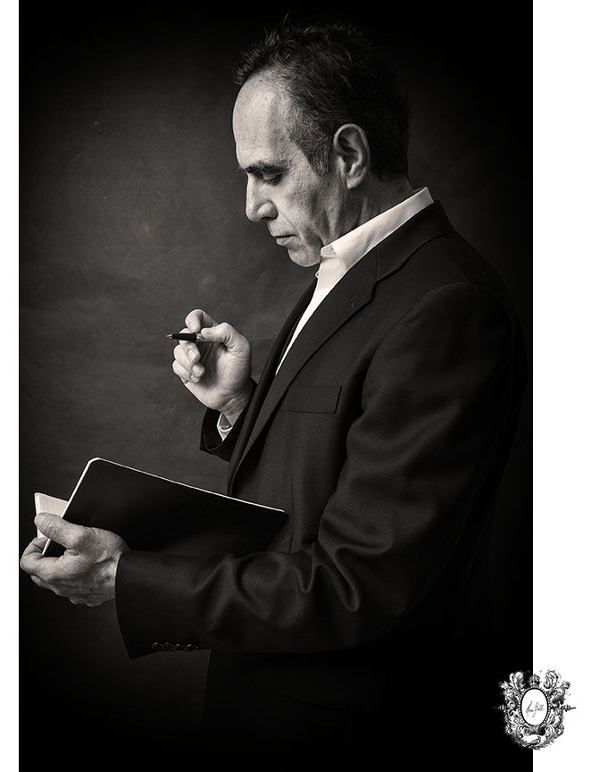 Famous Italian actor playwright Vittorio Rossi photographed by Montreal portrait photographer Hera Bell.