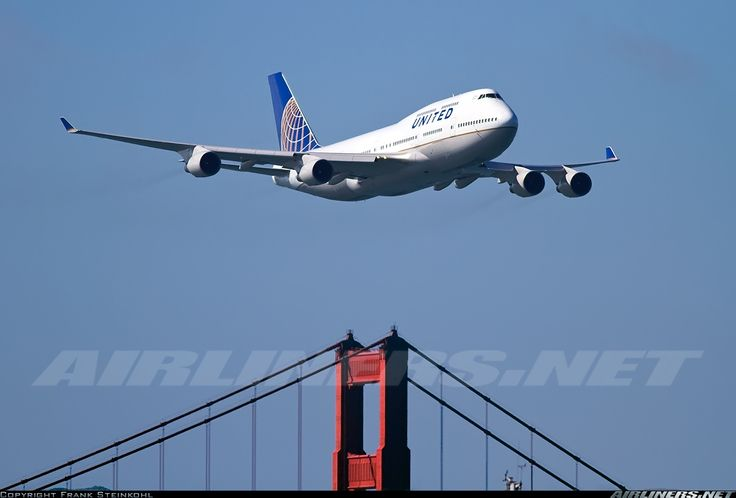 two things i love — united and sf | http://www.airliners.net/photo/United-Airlines/Boeing-747-422/2069374/L/