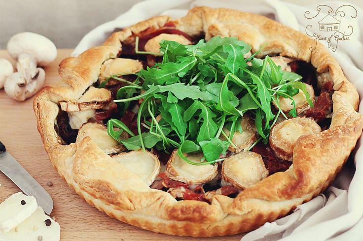Caramelised Onion, Prosciutto & Mushroom Tart