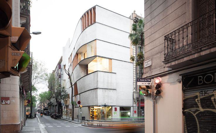 Josep Llinás . biblioteca Vila de Gràcia . Barcelona (1)