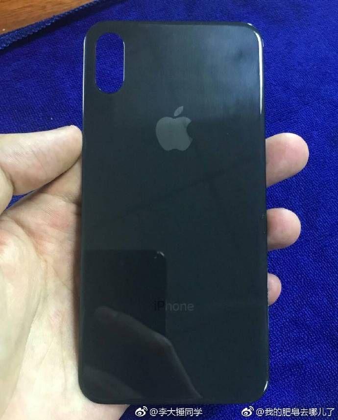 Puzzle iPhone 8 il nuovo presunto pannello posteriore è in vetro senza Touch ID