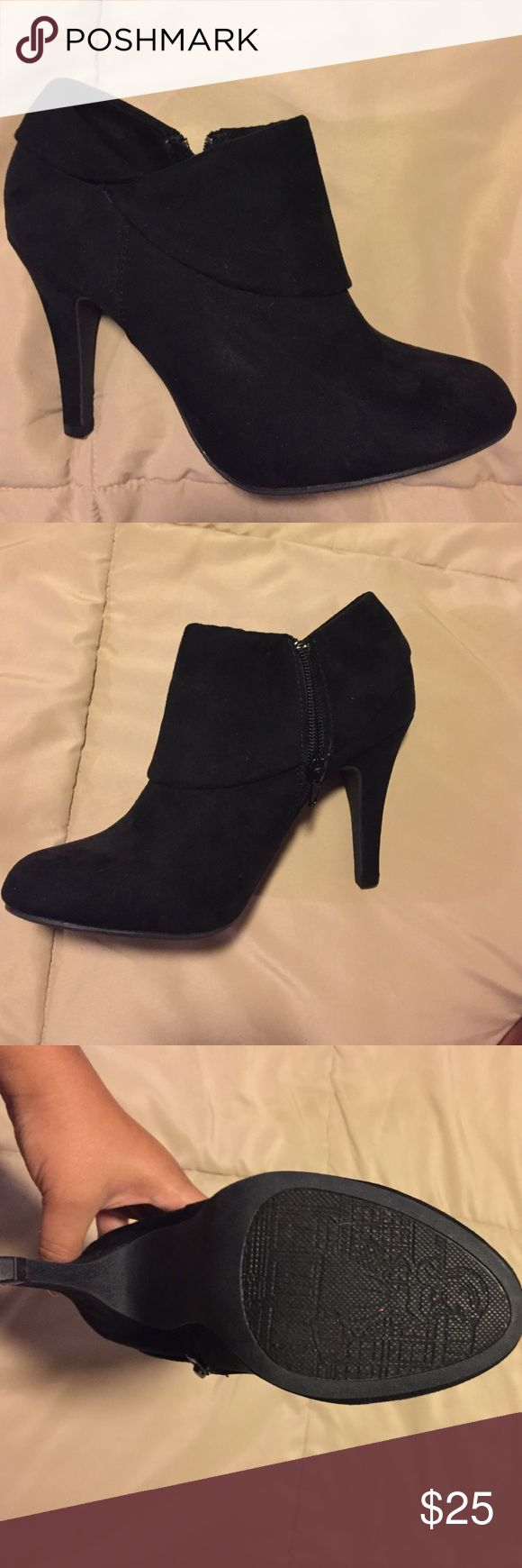 Black bootie heels New never worn. Shoes Ankle Boots & Booties
