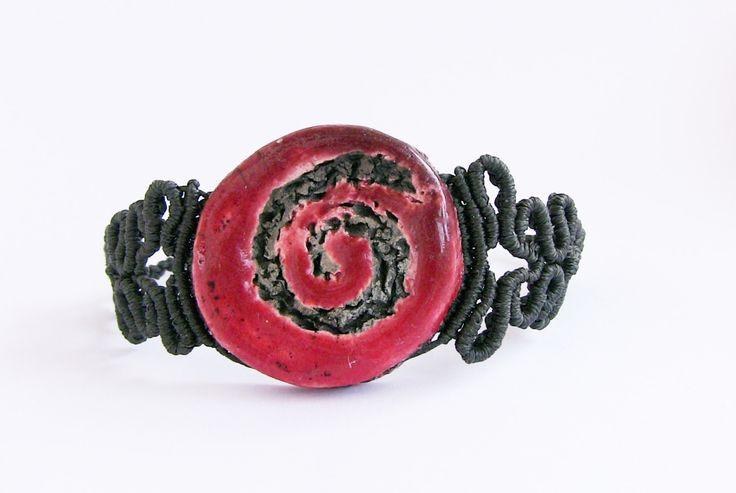 Red bracelet macrame Raku yoga inspiration made in Italy morenamacrame  etsy gifts red volcanic gift for woman sister ETNA sicily (30.00 EUR) by morenamacrame