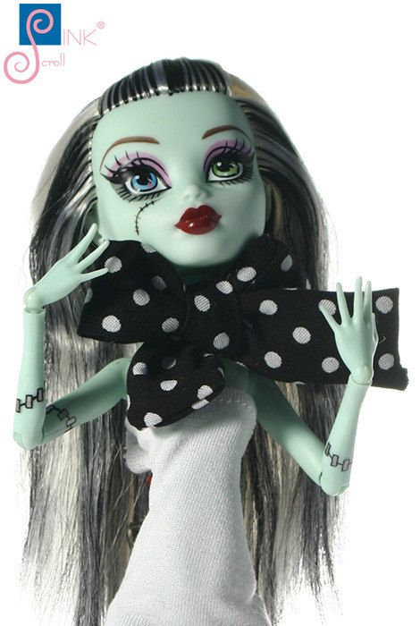 Monster High clothes scarf: Utrica-B by Pinkscroll on Etsy