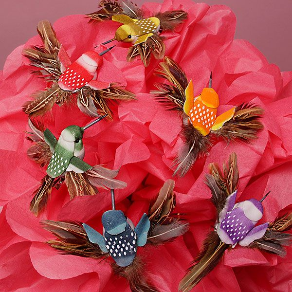 Humming bird decorations humming birds with alligator for Hummingbird decor