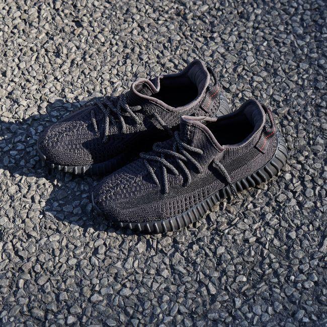 Yeezy Boost 350 V2 Static Black (Reflective) en 2020 | Kanye