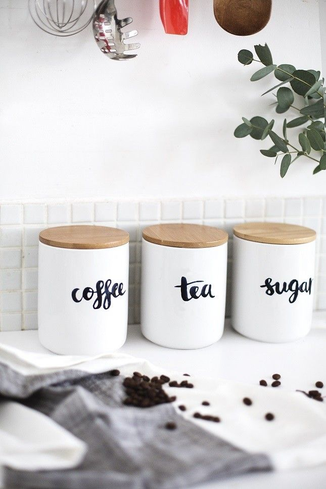 How gorgeous are these minimalist kitchen containers for coffee, tea + sugar?