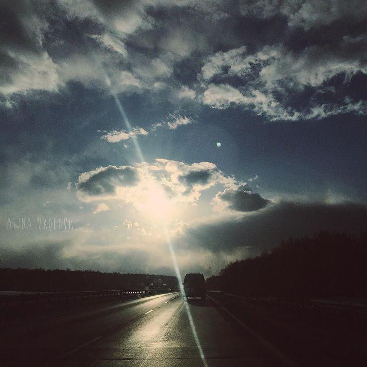 """Будьте с теми кто заставляет вас улыбаться... с кем тепло и уютно... с кем хочется обниматься бесконечно и с кем можно быть собой. (с) #alinaukolova#фотонателефон#фотонаайфон#закат#солнце#instagram#instavsco#instabeauty#instalovers#iphonephoto#iphone6plusphoto#vscomoment#vscorussia#perfect#sun#relaxtime#умиротворение#цитаты#мысли#природа#vsconature#nature#love#moment#magicmonent#спокойнойночи#bestphoto#фотограф#love by alinaukolova Follow """"DIY iPhone 6/ 6S Plus Cases/ Covers/ Sleeves"""" board…"""