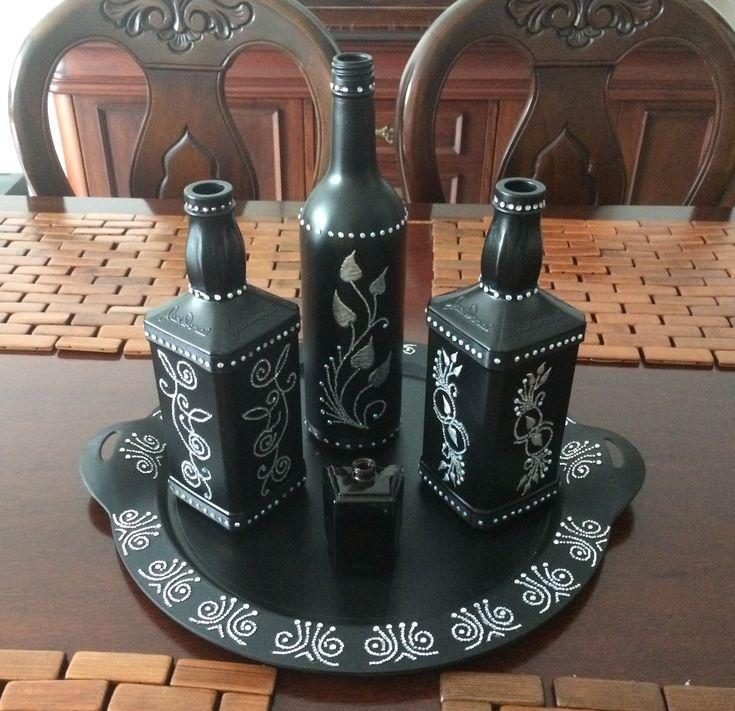 Reciclado de botellas, decorado a mano!