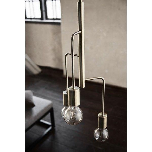 Frandsen Cool Chandelier hanglamp. Deze lichtbron verstop je natuurlijk niet onder een lampenkap! #Frandsen #hanglamp #verlichting #design #Flinders