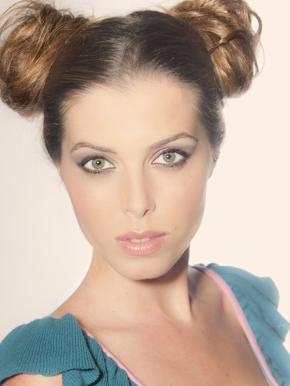 Photo_Mayte Ramiro Make up & hair_Alicia Sánchez (Maquíllate Conmigo) Model_Leila  www.mayteramiro.com