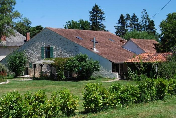 Lot et Garonne Gite Rentals in France | Racachi - A Large 2 Bedroom Character Gite #gite #france #holiday