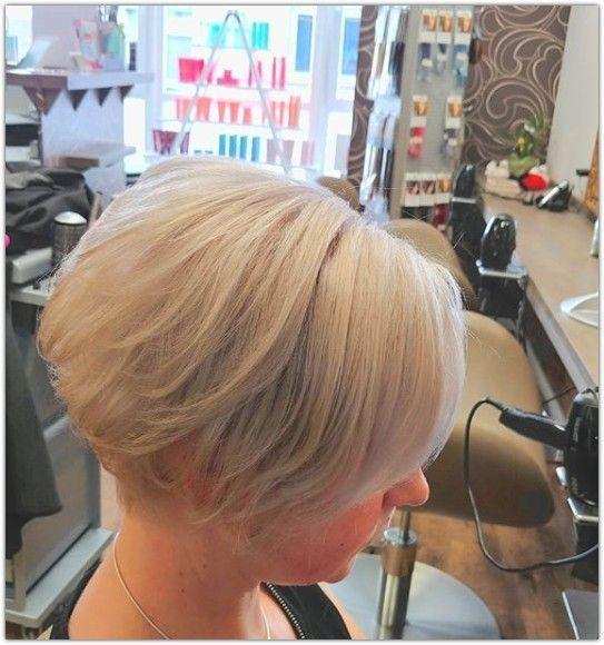 Frisuren 2019 Frauen Lange Kurze Mittlere Haare Hairstyling For Women Frauen Ab 50 Frisuren Frisuren Kurz