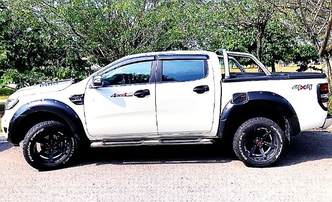My Baby Want A Raptor Sooooo Much With Images Ford Raptor Svt Raptor Ford F150