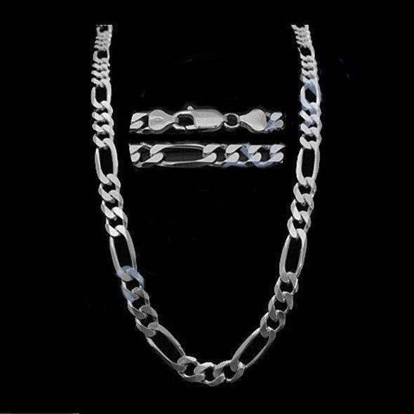 Corrente prata 925 modelo figaro 3x1. <br>Comprimento: 60 cm. <br>Largura: 7,7 mm. <br>Peso medio: 35,6 g.