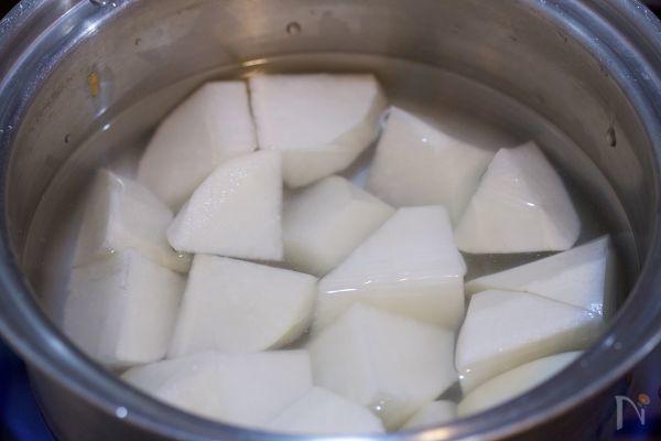材料入れて煮るだけ♪『とろとろ大根の甘辛♡中華そぼろあん』 by Yuu | レシピサイト「Nadia | ナディア」プロの料理を無料で検索