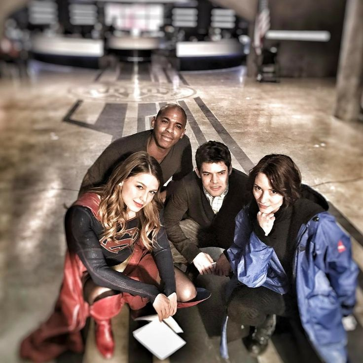 """Melissa Benoist, Mehcad Brooks,  Jeremy Jordan and Chyler Leigh. """"Squad"""" as David Harewood put on his Instagram. Squad!! Yes Indeed"""