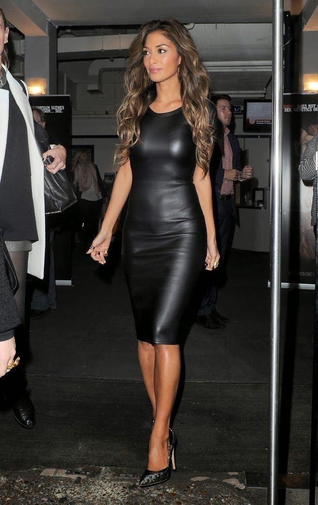 TeeWhy-Hive: Nicole Scherzinger In Missguided Clio Leather Cut Out Shoulder Midi Dress