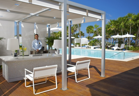 Grand Luxxe Pool Concierge is there to assist you with your any and every need!549380 Pixel