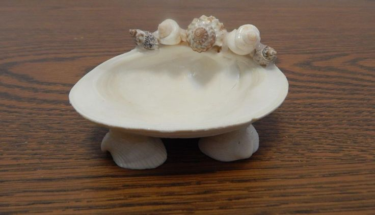 Handcrafted OOAK Seashell Art Small Footed Hard Clam Shell Dish FLAWED