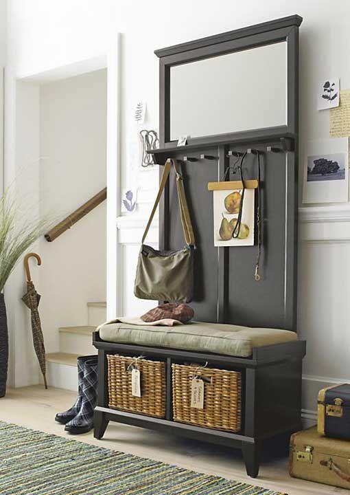 Recibidor con perchero y banco interiors home for Mueble perchero recibidor