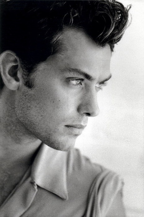Jude Law..but in The holiday!