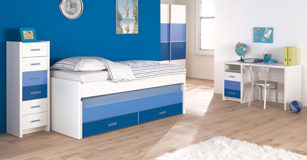 youthful bedroom ideas with stronger blue tone