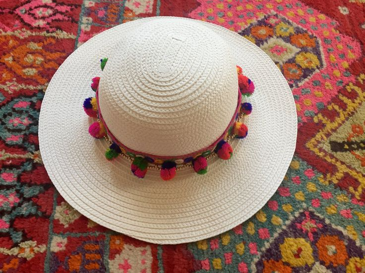 White Sun Hat with pom pom ribbon