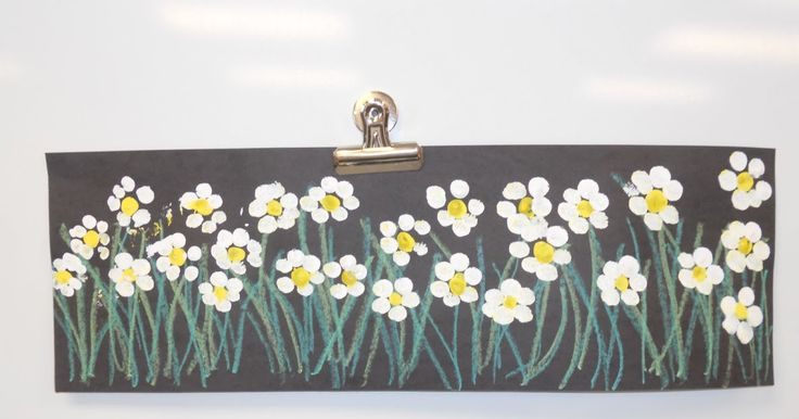 I found this sweet little projects on the art blog Kids Artist this morning and had to try it out! http://kidsartists.blogspot.com/2011/02/w...